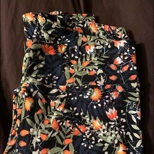 Lularoe stretch printed leggings tall and curvy